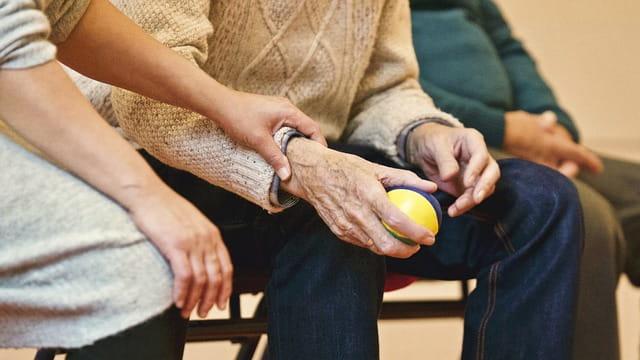 Personne âgée en maison de retraite