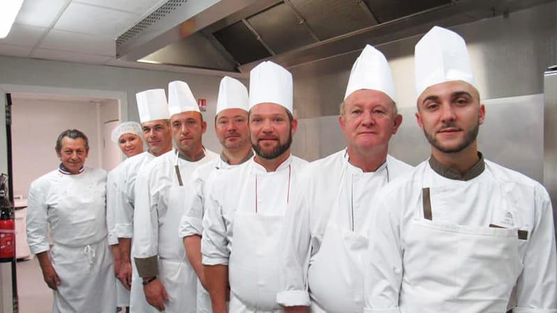 Les cuisiniers Senectis formé par le chef Maximin.