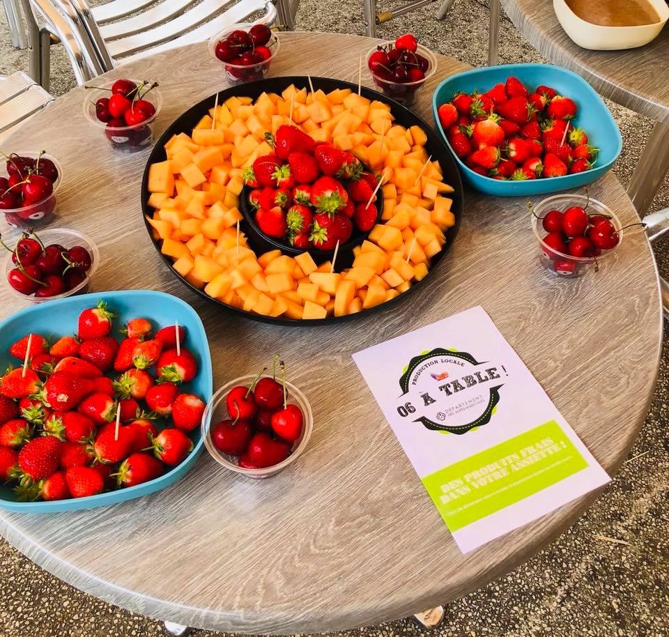 Melons, fraises et cerises des Alpes-Maritimes, livrés par 06 à table ! aux maisons de retraite Senectis.