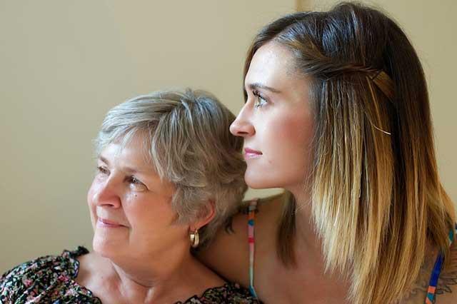 La colocation entre deux générations.