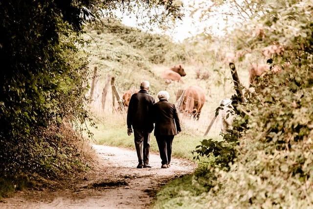 Seniors en maison de retraite.