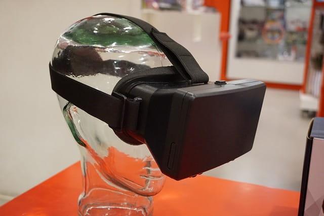 Présentation casque VR.