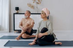 Seniors : travaillez votre posture et votre respiration avec le Pilates